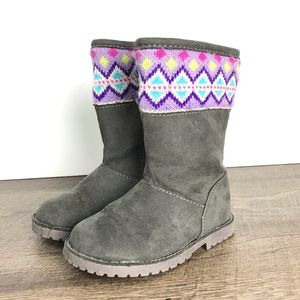 Toddler 6 boots gray suede knit accent faux fur